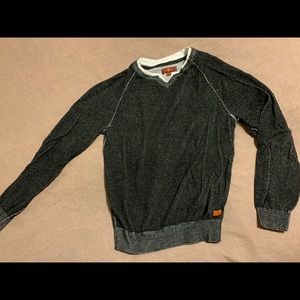 Cropped and ribbed 3 quarter sleeve sweater top